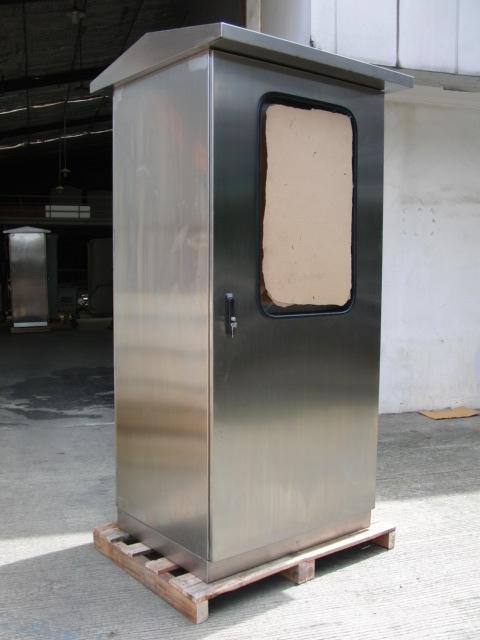 panel_free_standing